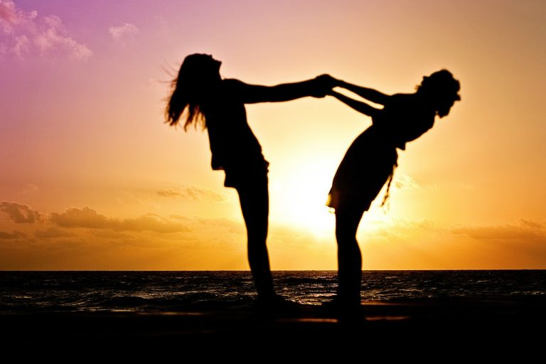 10 Ways Celebrate Your BFF on National Best Friend Day